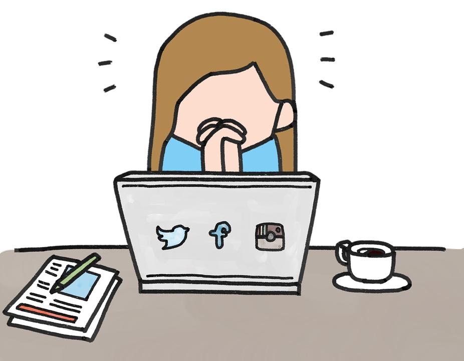 social media pray beten mädchen laptop notebook e-commerce